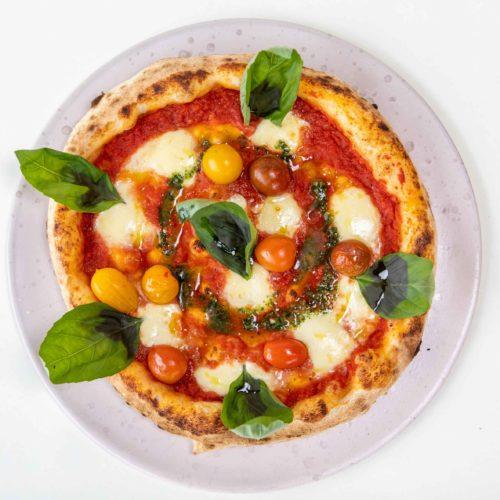 Mozarella & Basil Pizza